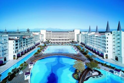 Готель Мардан Палац
