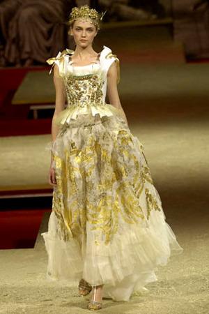 сукня від крістіана Лакруа